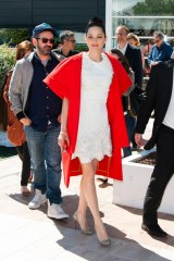 Marion+Cotillard+Immigrant+Photo+Call+Cannes+ouUccEAZ5iFl[1]