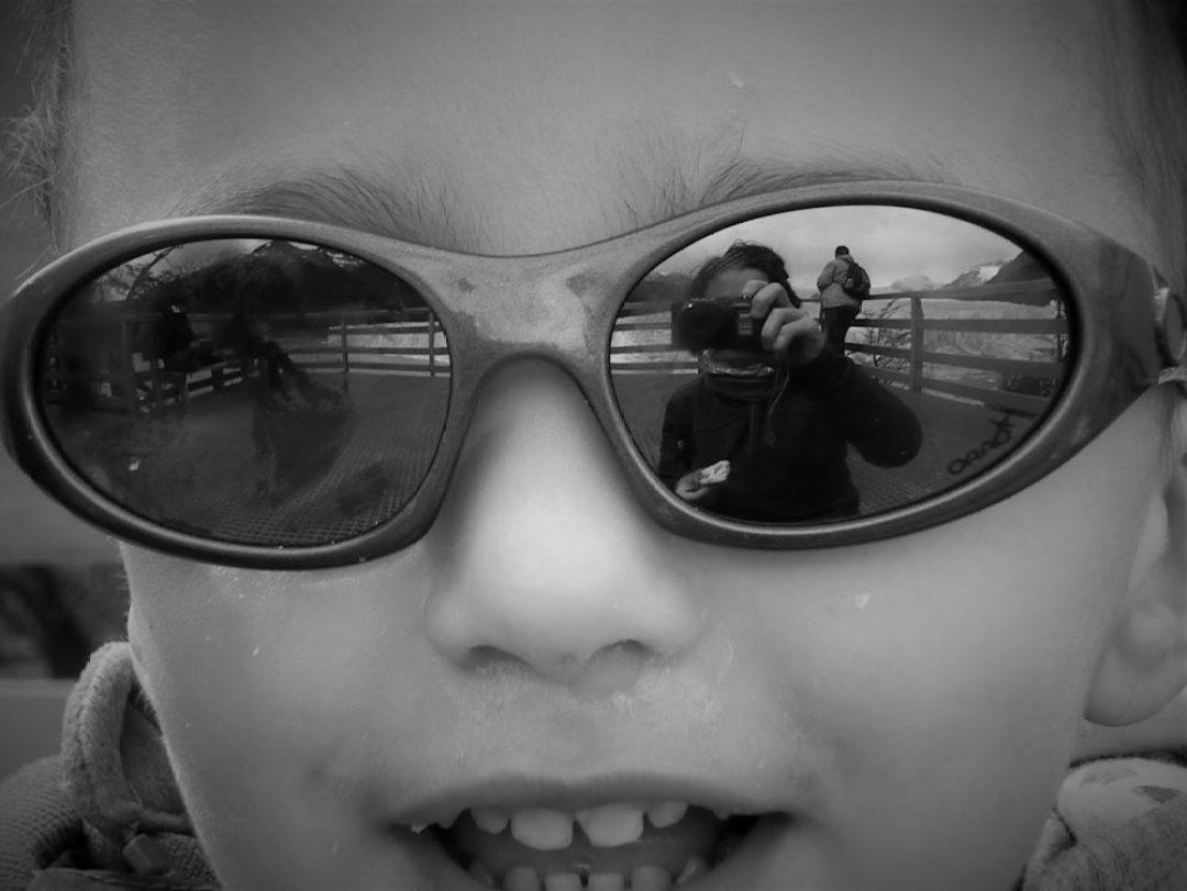 Mirada alegre junto al Perito Moreno (Argentina, 2013)