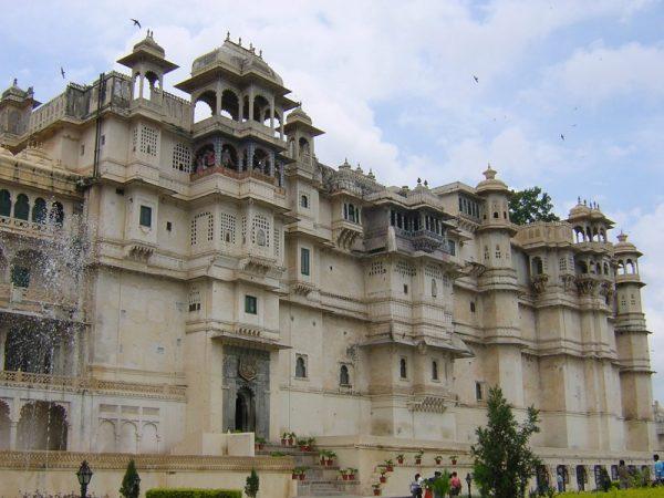 Fachada del Palacio de Udaipur (India, 2007)