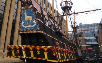 THE GOLDEN HINDE: LA NAVE DE FRANCIS DRAKE
