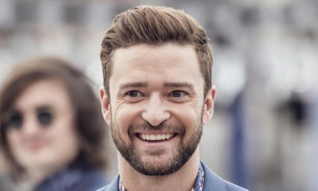 Justin Timberlake surpreende crianças em tratamento contra câncer