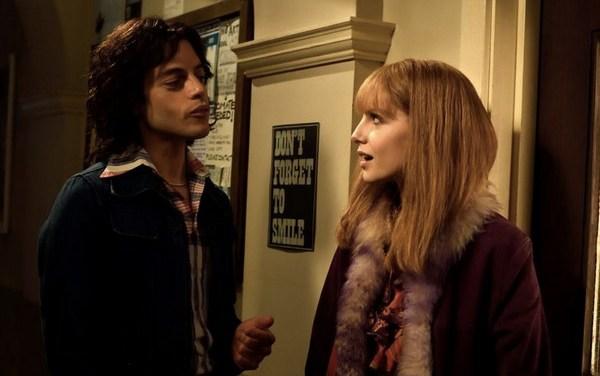 Bohemian Rhapsody   Rami Malek assume namoro com atriz que interpretou Mary Austin