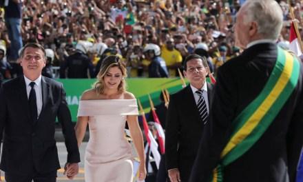 Posse de Bolsonaro repercute no mundo com cobertura de SBT, Record e Globo