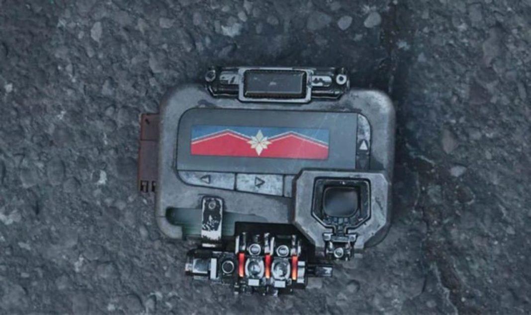 Capitã Marvel | Dispositivo usado por Nick Fury em Guerra Infinita será explicado no filme