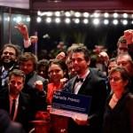 Wagner Moura leva placa Marielle Franco para Festival de Berlim