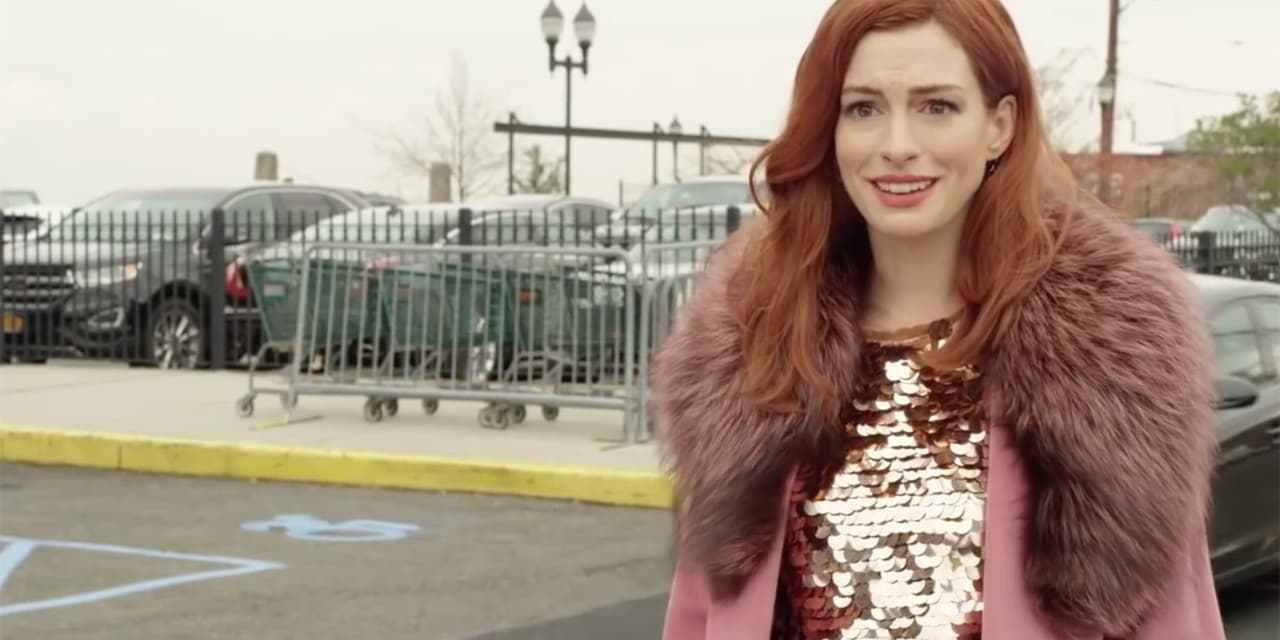 "Série da Amazon com Anne Hathaway, ""Modern Love"", ganha trailer oficial"