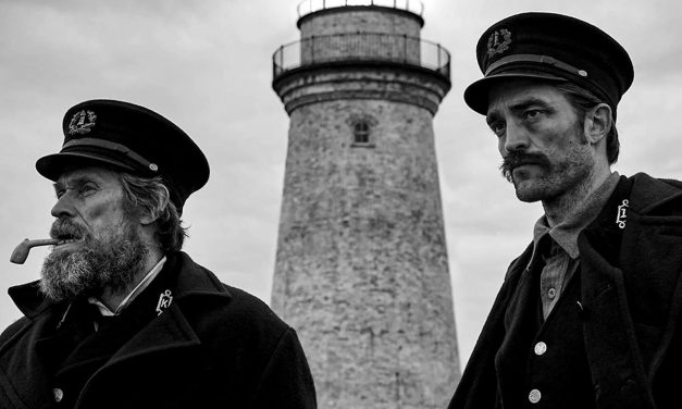 The Lighthouse | Robert Pattinson surta em novo trailer do terror