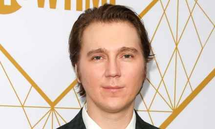 The Batman | Paul Dano é oficializado como o vilão Charada