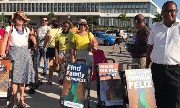 Testemunhas de Jeová procuram converter público do Rock in Rio