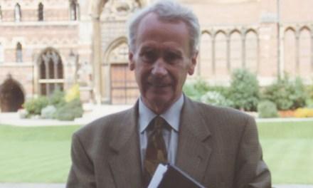 Morre aos 95 anos, Christopher Tolkien, filho do autor de O Senhor dos Anéis