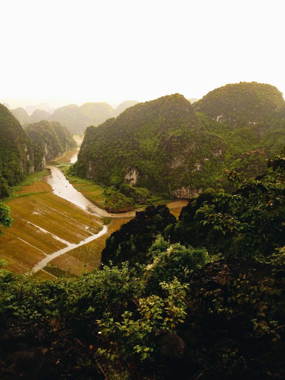 vue du haut de Hang Mua