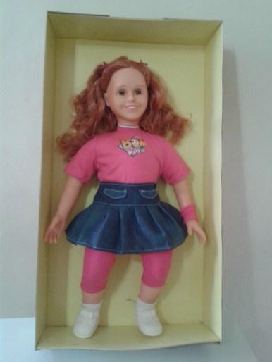 Boneca da Jéssica Esteves