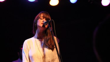 The-Staves-Chicago-Schubas-Adrienne-Thomas3