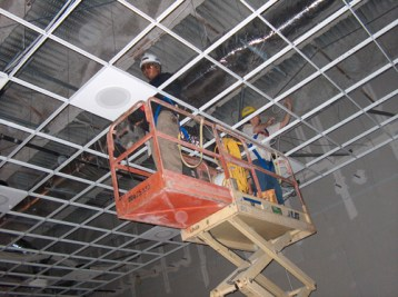 Noslar installs all facets of systems with safety, certified and industry trained personnel