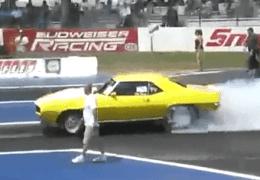 PINKS Camaro vs Mustang 2008