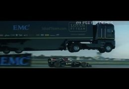 18 Wheeler jumps F1 Car!