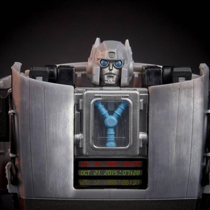 Robot DeLorean: El resultado del nuevo crossover Transformers x Back To The Future 1