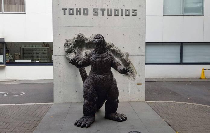 Toho´s es la empresa dueña y creadora de Godzilla. Ha anunciado su intención de crear nuevas producciones de Godzilla en Japón.