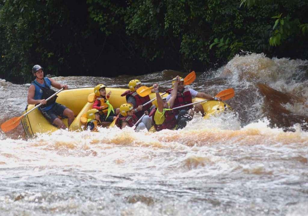 viagens com crianças  rafting em brotas o passeio perto de São Paulo