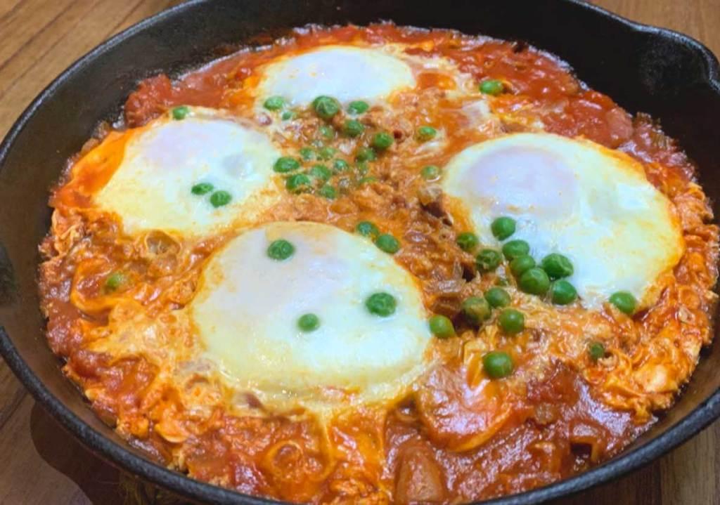 huevos a la flamenca receita espanhola Fácil