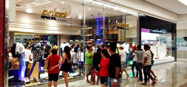 Colcci abre vagas de emprego no Vitória Park Shopping - Nossa ... 8570777edd