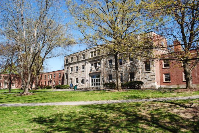 ニューヨーク州立大学ニューパルツ校。ドラマみたいです