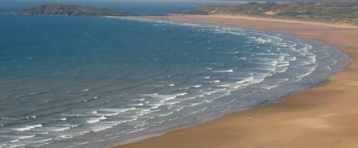 Escapada al sur de Gales: Playas y acantilados que no te puedes perder.
