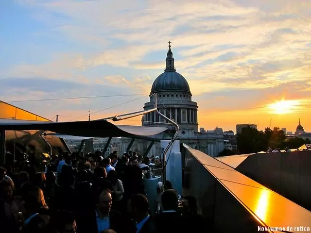 Atardecer rooftop Madison