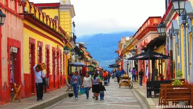Casas de vivos colores en San Cristóbal