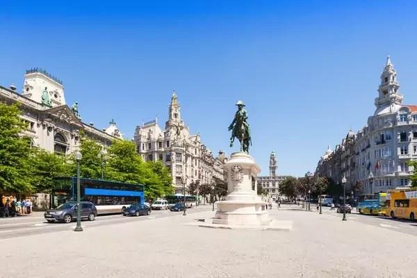 Plaza de la Libertad, Oporto