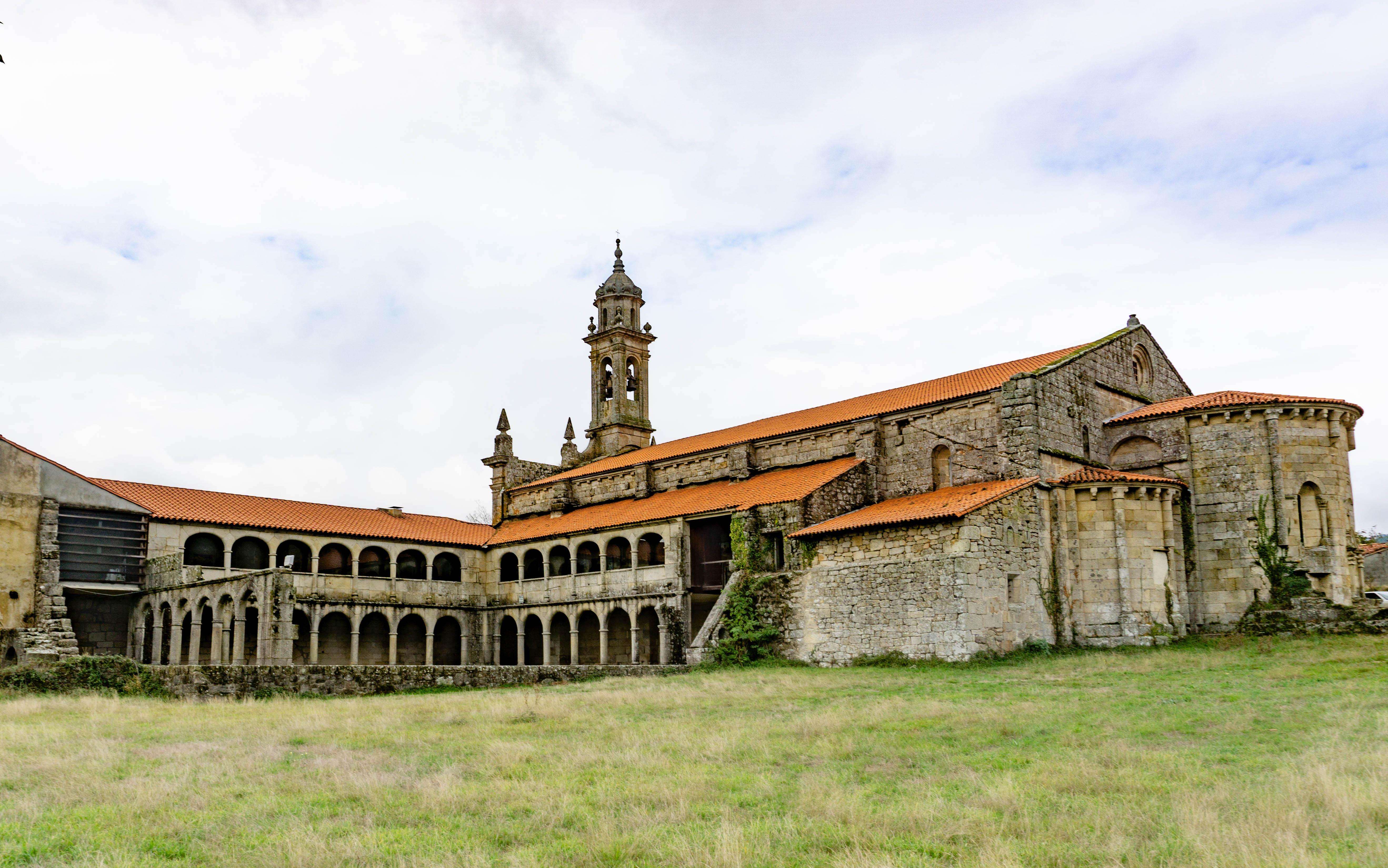 monasterio-xunqueira-espadañedo