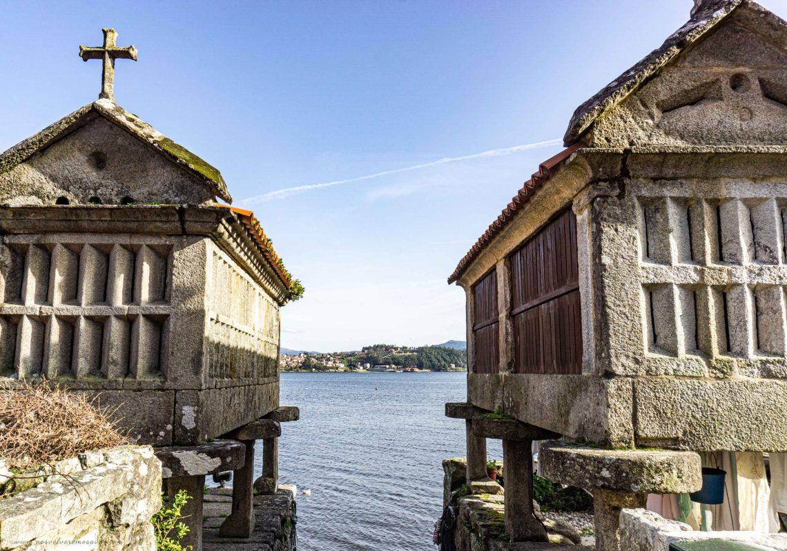 Horreos en Combarro, Galicia