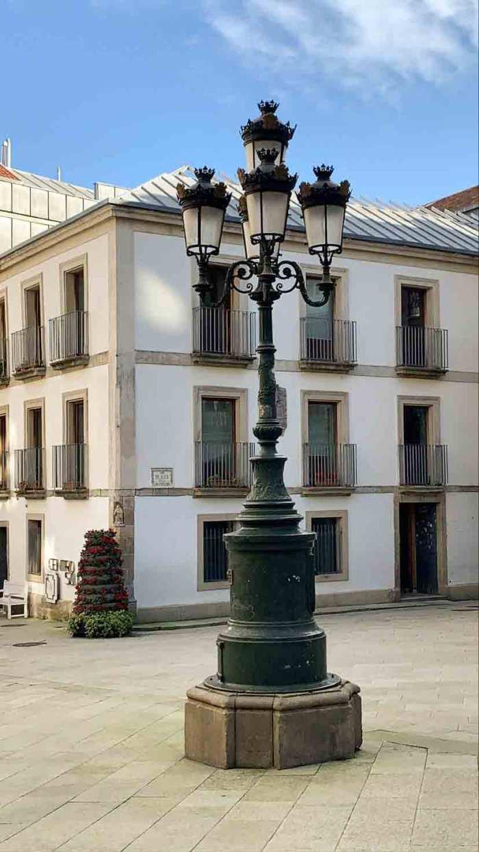 Farola Praza da Constitución (Casco Antiguo de Vigo)