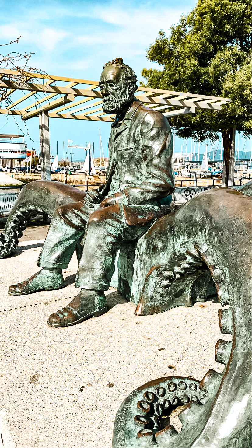 Estatua Julio Verne (Puerto de Vigo)