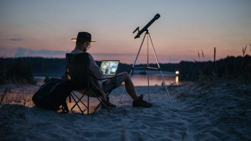 Astronomie : quel équipement pour observer le ciel ?