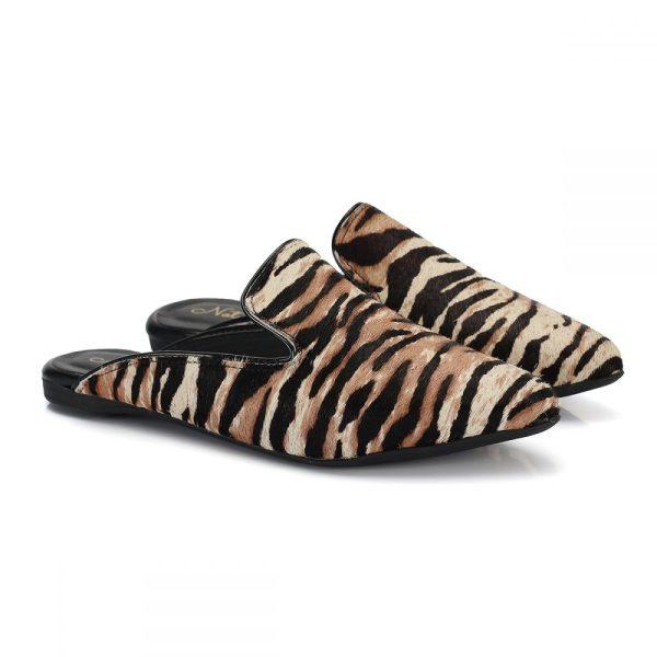 a999068dad Mule onça onca feminina sapatilha marrom preto biqueira animal print bico  arredondado pêlo pelo rasteira rasteirinha