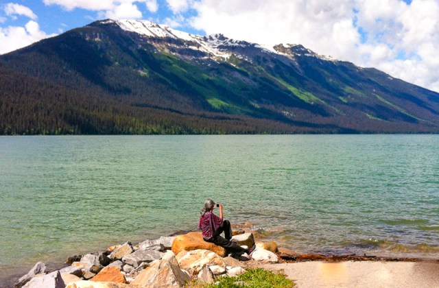 Moose Lake is one of the places you must visit on your day trip to Mount Robson Provincial Park!