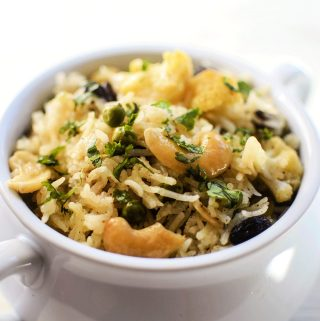 How to cook vegetable pulao in microwave in 15 minutes?