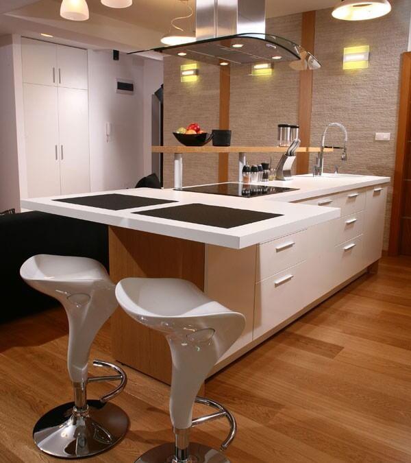 Desain Kitchen Set Apartemen Bentuk Island