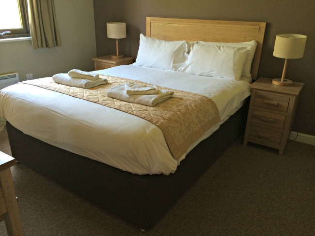 bluestone-wales-bedroom