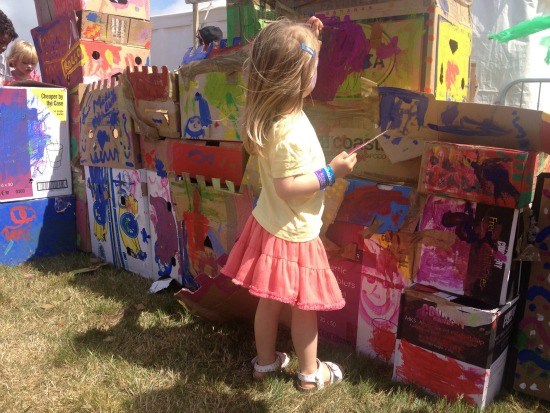 camp-bestival-painting-fort-2
