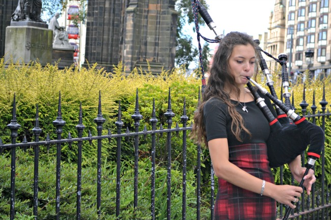 Bagpipes in Edinburgh