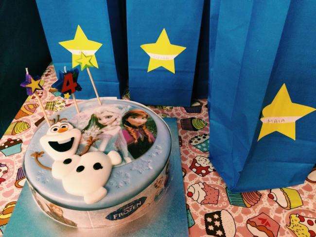 Frozen birthday cake - tenner from Tesco