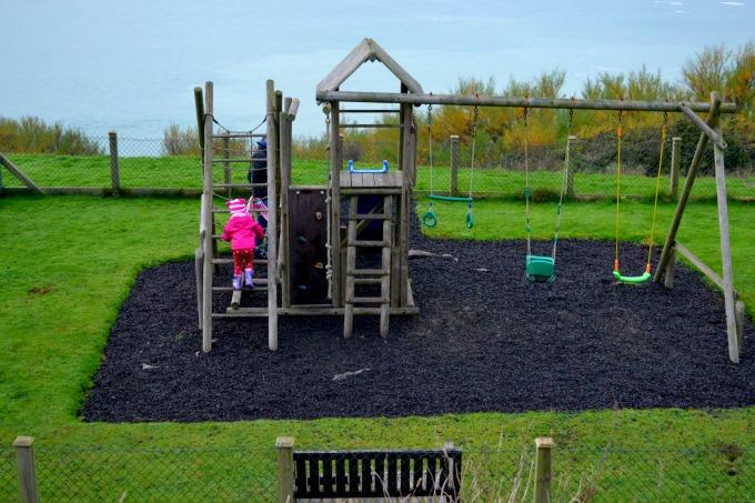 polurrian-bay-play-area