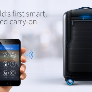 Bluesmart_The_Worlds_First_Smart_Connected_Carry_on_Suitcase