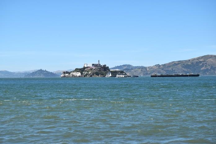 Isla de Alcatraz vista desde el Pier 39 en San Francisco