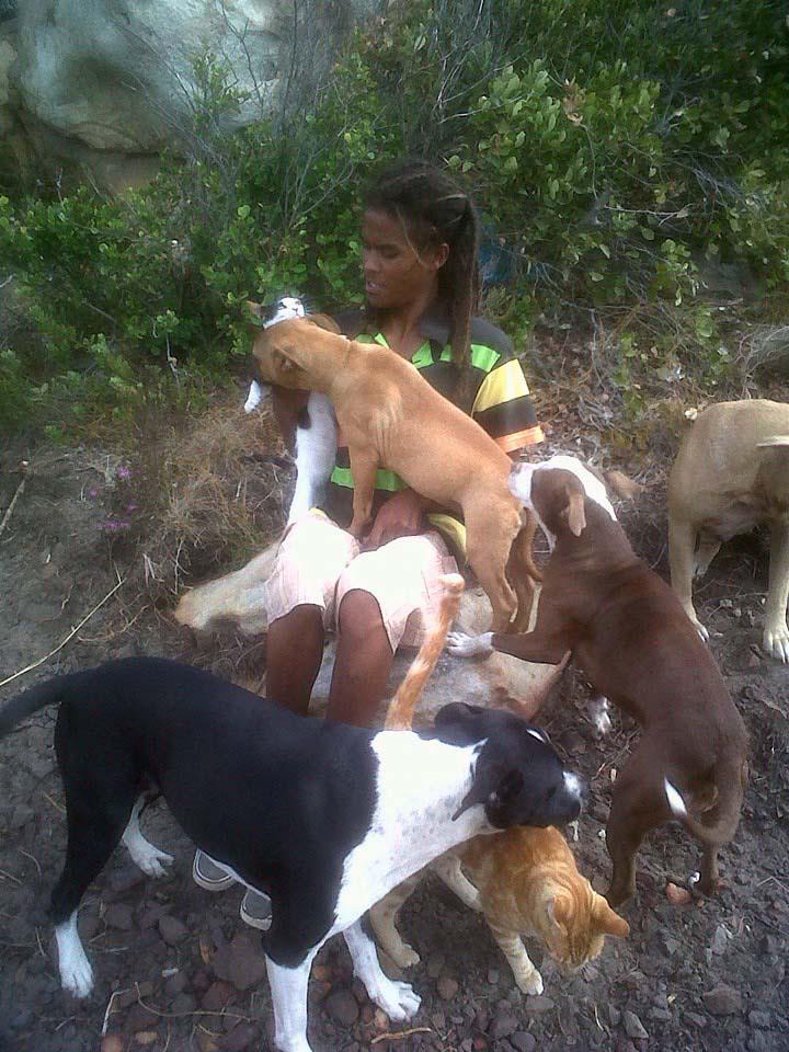 Shaygam y sus animales rescatados
