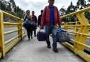 """Colombia califica de """"absurdas"""" las declaraciones de Maduro sobre la regularización de migrantes venezolanos"""