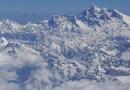 Escaladores de Estados Unidos y Hong Kong establecen nuevos récords por escalar el Monte Everest