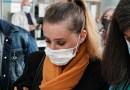 La francesa que mató a su marido abusivo se desmaya en la corte tras escuchar que fiscales piden sentencia que podría dejarla libre